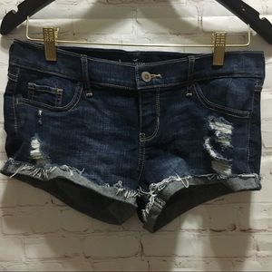 Hollister low rise denim short shorts size 5  w27